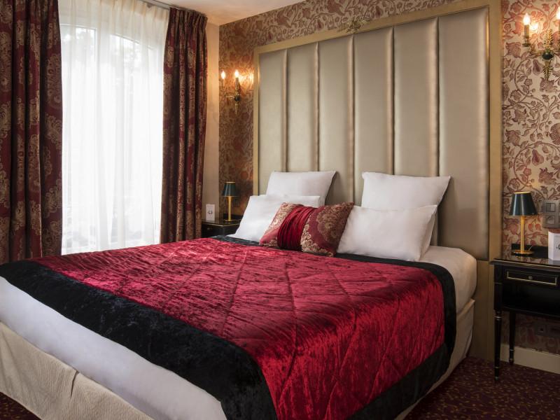R servation d 39 h tel h tels france paris 07 empereur for Reservation hotel paris