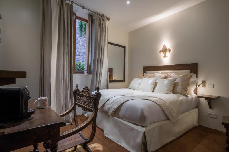 Hotel booking - Hotels France Paris 04 : LE TEMPLE DE JEANNE