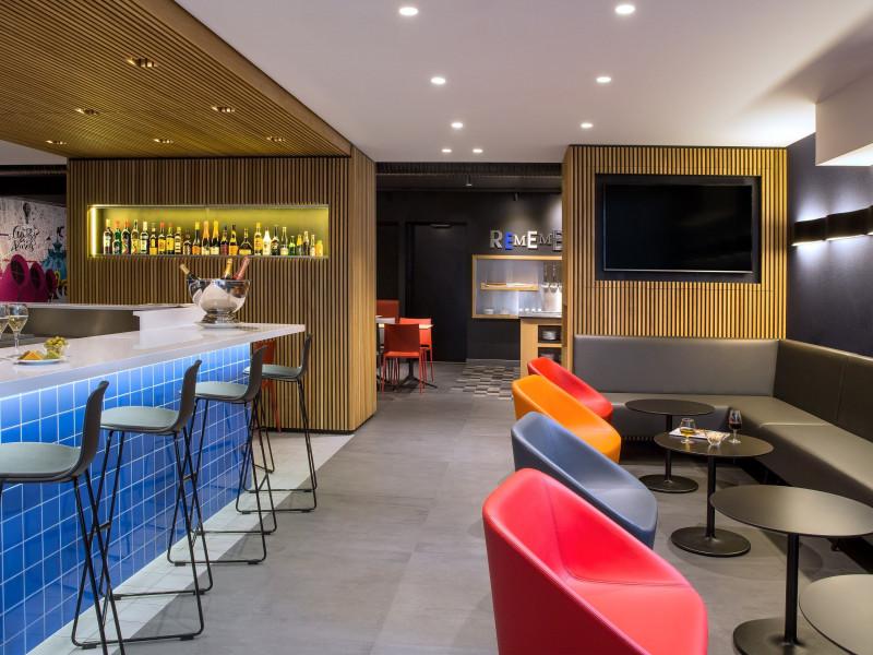 Hotel proche palais omnisport paris bercy pas cher for Moteur de recherche hotel pas cher