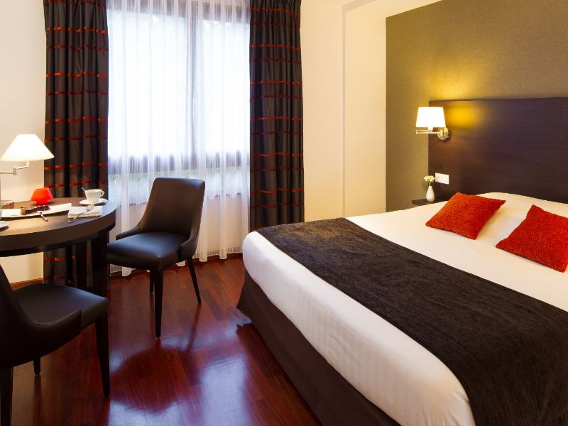 Situated At The Heart Of A Wooded Park And Bordering River In Munster Valley Alsace Hotel Restaurant Spa Verte Vallée Welcomes You An