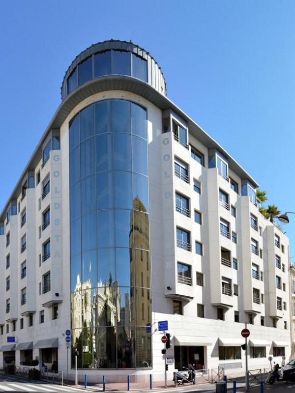 Hôtel Goldstar Resort Et Suites In Nice