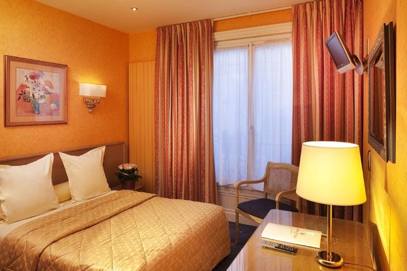 R servation d 39 h tel h tels france paris 17 cecilia arc for Hotels 75017