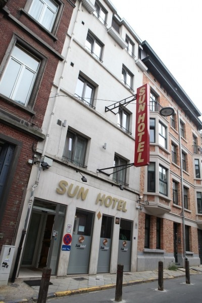 In Ixelles Brussels A Short Walk From The Famous Avenue Louise And European Commission Sun Hotel Welcomes You For Quiet Stay At Very