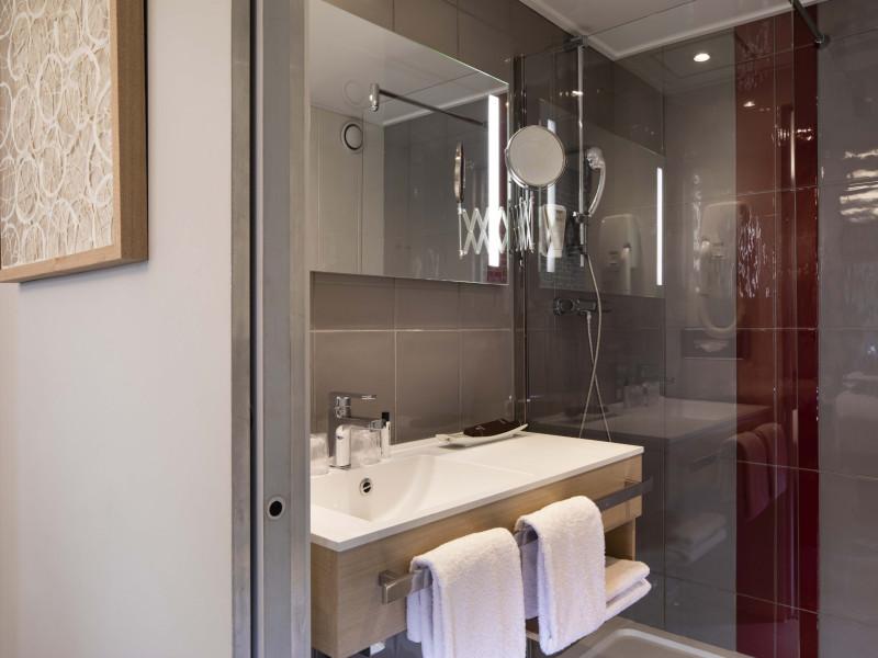 r servation d 39 h tel h tels france paris 12 paris bastille. Black Bedroom Furniture Sets. Home Design Ideas
