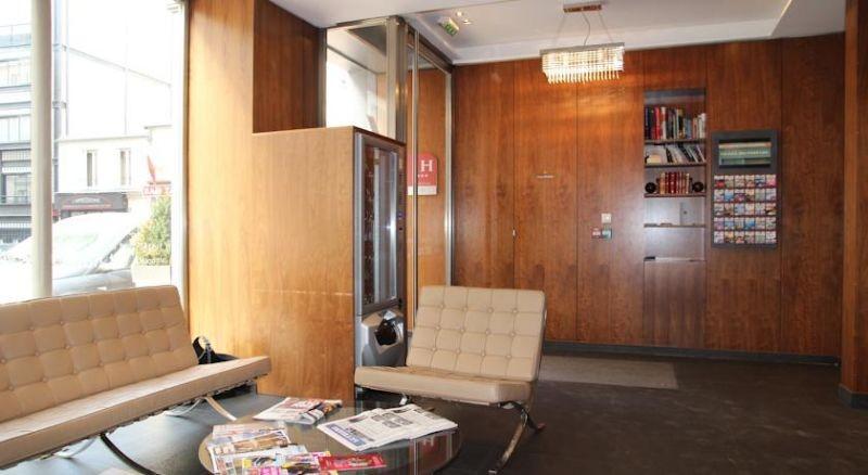R servation d 39 h tel h tels france paris 17 art hotel for Hotels 75017