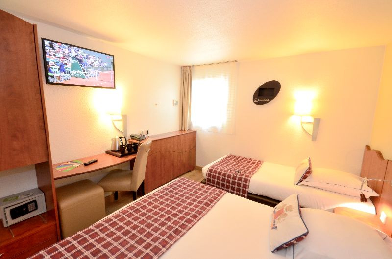 The Green Hotel Confort Roissy Parc Des Expositions Is A Friendly Offering Warm Welcome And An Attentive Staff To Ensure Your Comfort
